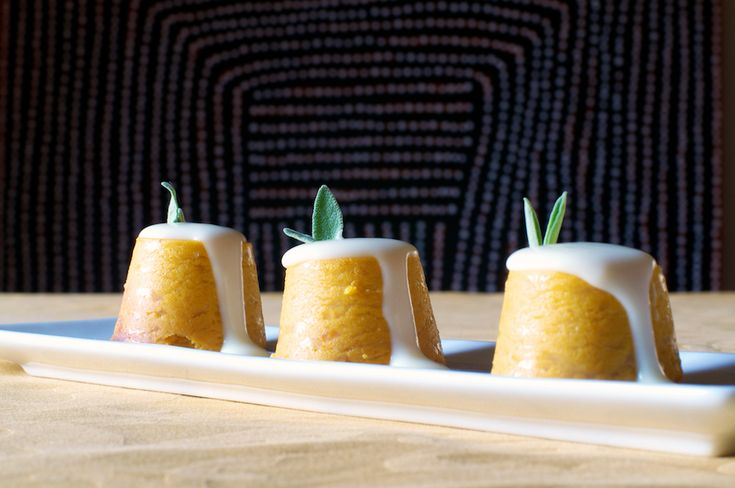 Sformatini di zucca con salsa al taleggio