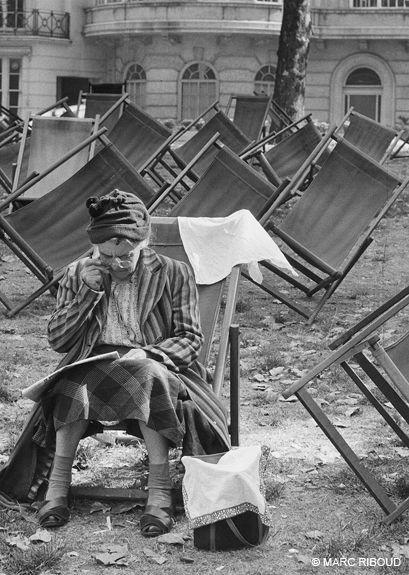 Marc Riboud, London, England, 1954.