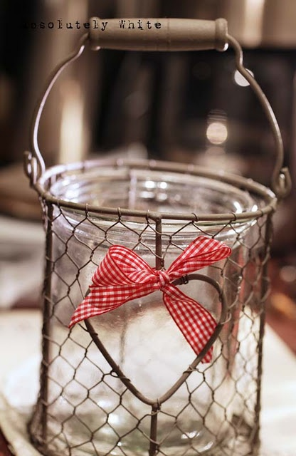 Heart basket I HAVE A BASKET LIKE THIS I COULD PUT A GLOBE ON TOP AND DECORATE FOR CHRISTMAS