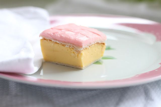 make it perfect: .Thermomix Cooking: Vanilla Slice. A very Australian sweet treat - custard, pastry and icing. Serve cold/ room temperature.