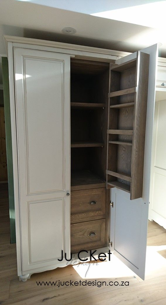 A close up of these wonderful pantry systems.  The drawers have soft-close hinges, interior timber finishing ash veneer - stained.