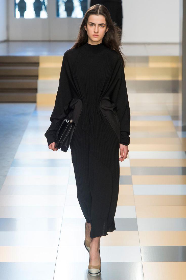 Robes noires hiver 2018