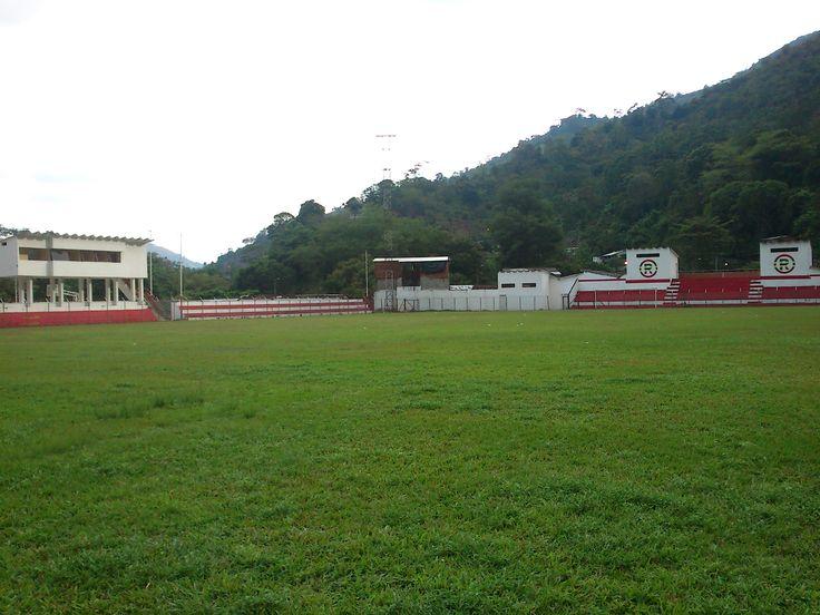Deporte, escenarios deportivos ejemplares de Riongro, Santander.