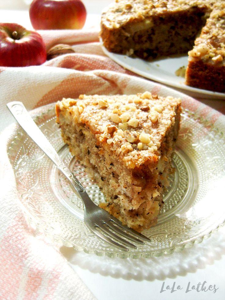 Пирог с яблоками и орехами | LaLa Latkes - Кулинарный блог Насти Матвеевой