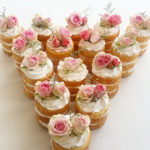 Small Desserts For Weddings: Best 25+ Mini Birthday Cakes Ideas On Pinterest