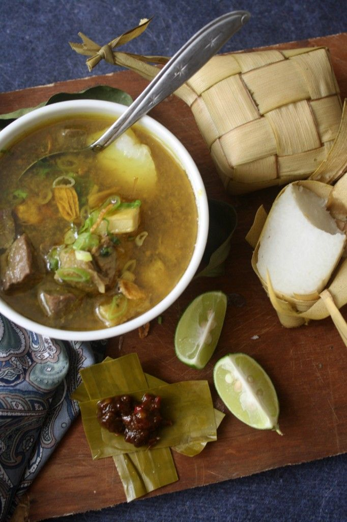 Coto Makassar, Beef and Innards Soup| Indonesian's food