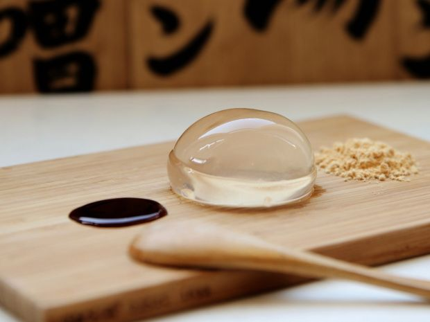 After taking Japan and New York by storm, the raindrop cake is finally coming to London.