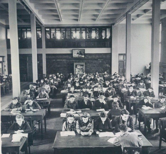 Читальный зал Ленинской библиотеки. Минск. СССР. 1948 г.