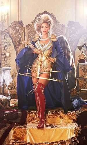 Google Image Result for http://www.instyle.co.uk/sites/default/files/imagecache/width_300/Beyonce-Mrs-Carter-tour-2.jpg