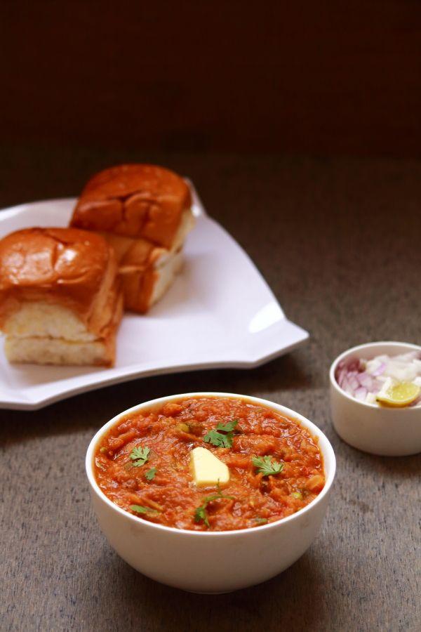 pav bhaji - tasty and easy to make snack recipe  #indianfood #food #recipes…
