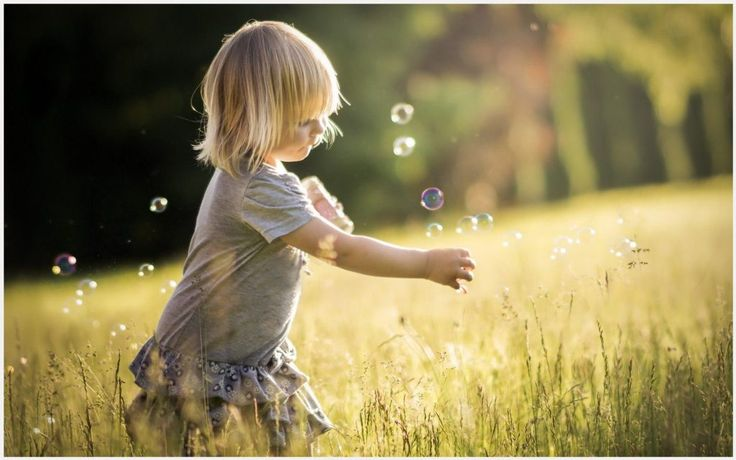 Little Girl Playing With Bubbles Wallpaper | little girl playing with bubbles wallpaper 1080p, little girl playing with bubbles wallpaper desktop, little girl playing with bubbles wallpaper hd, little girl playing with bubbles wallpaper iphone
