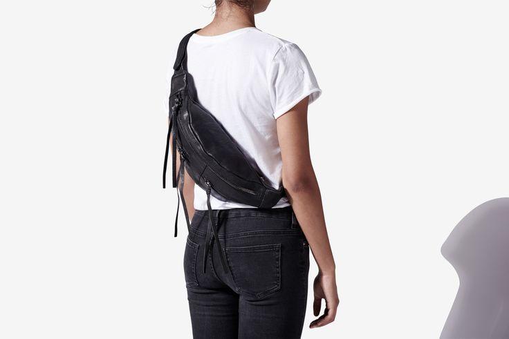 Yvonne Koné_Zipper bum bag