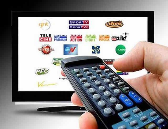 A programação do ponto-principal de TV por assinatura deve ser disponibilizada, sem cobrança adicional, para pontos-extras e para pontos de extensão instalados no mesmo endereço residencial.