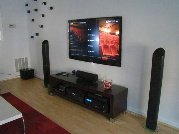Fascinating Simple Living Room Theater Design With Laminate Wooden Floor Furnished Cool Sound System And