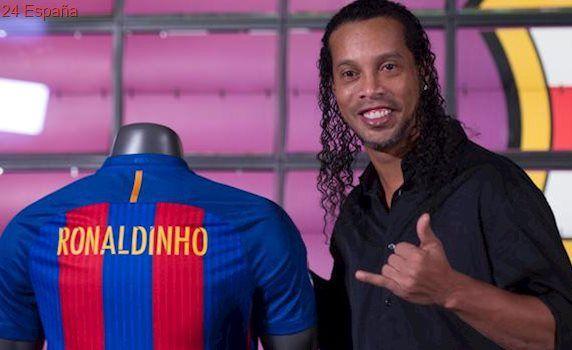 Ronaldinho, en su vuelta a Barcelona: «El primer gol de Messi fue a pase mío; ahí empezó el monstruo»