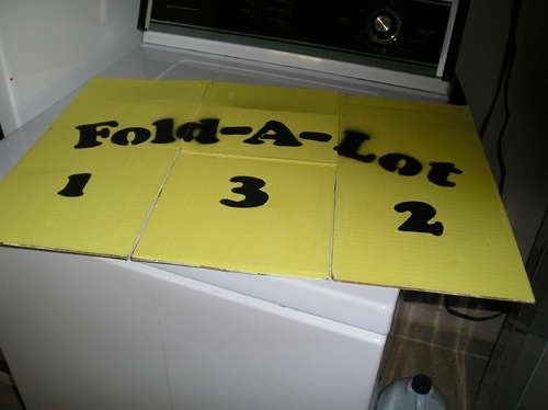 DIY fold-a-lot: clothes folder with card board OMG it is like Sheldons!