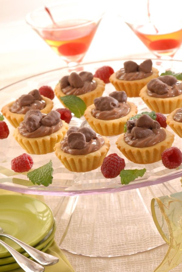 Camilan asik berbagai suasana 'Mini Pie Isi Cokelat' #resep : http://resepkita.com/detailResep.asp?recId=286