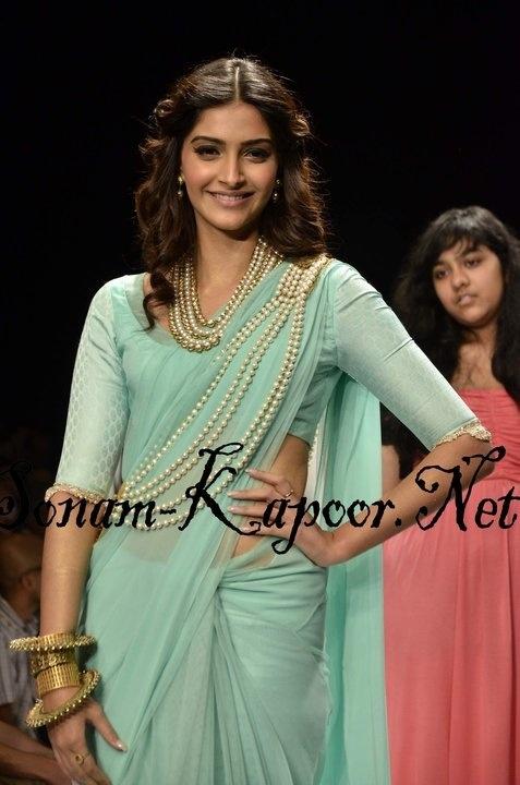Sonam Kapoor/Saree