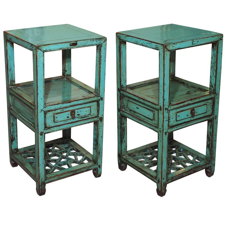 1stdibs | Pair of 19th century Chinese blue lacquer side tables