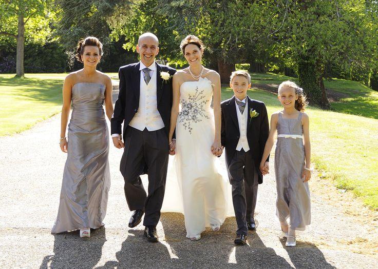 Wedding photography at Oatlands Park Hotel Weybridge by www.classic-images.co.uk