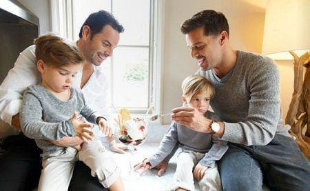 Рики Мартин теперь отец-одиночка