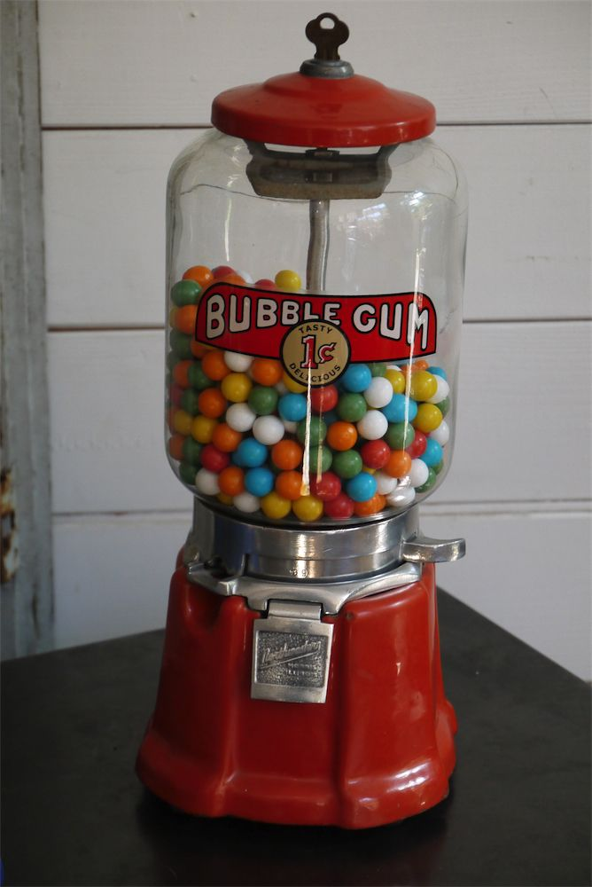 1000 images about antique gumball machine on pinterest coins vintage candy and peanuts. Black Bedroom Furniture Sets. Home Design Ideas