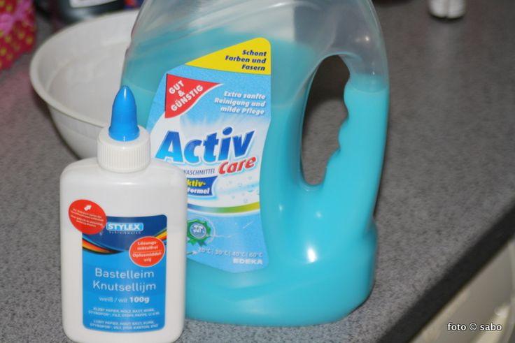 Flubber / Glibber /Slime – selbst gemacht - hier Boraxfrei!! Tipp: Waschmittel schluckweise unterrühren!