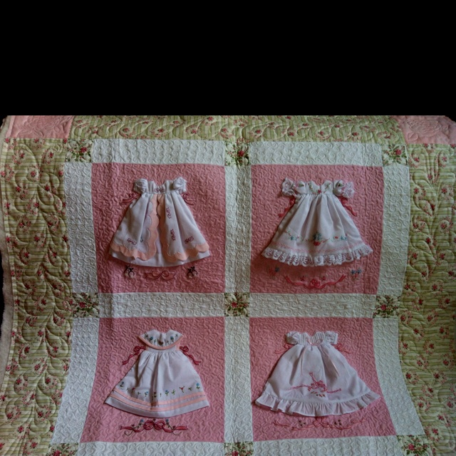 Paper Doll Quilt Sew Sweet! Pinterest Quilt, Paper and Doll quilt