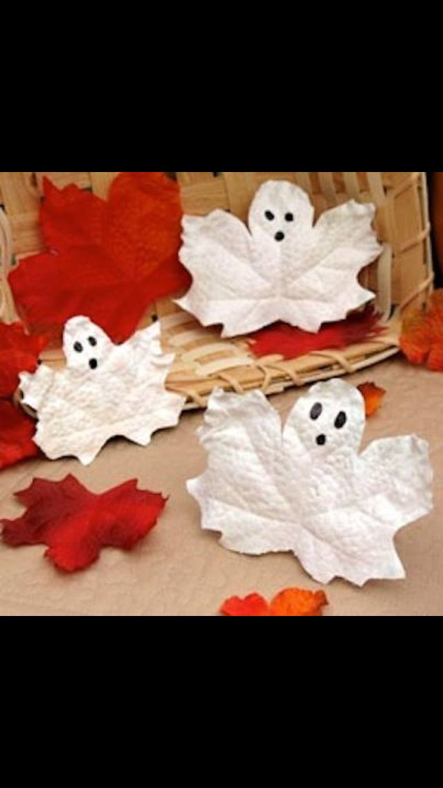Paint leaves to look like ghosts! Such a cute fall project!