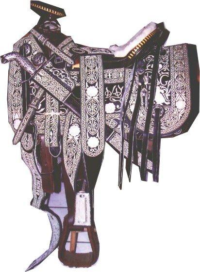 Pin monturas charras piteadas guadalajara pictures hawaii for Sillas para caballos