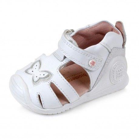 Sandalias cangrejeras de piel blanca de niñas Biomecanics calidad yrecomendación de la AEP