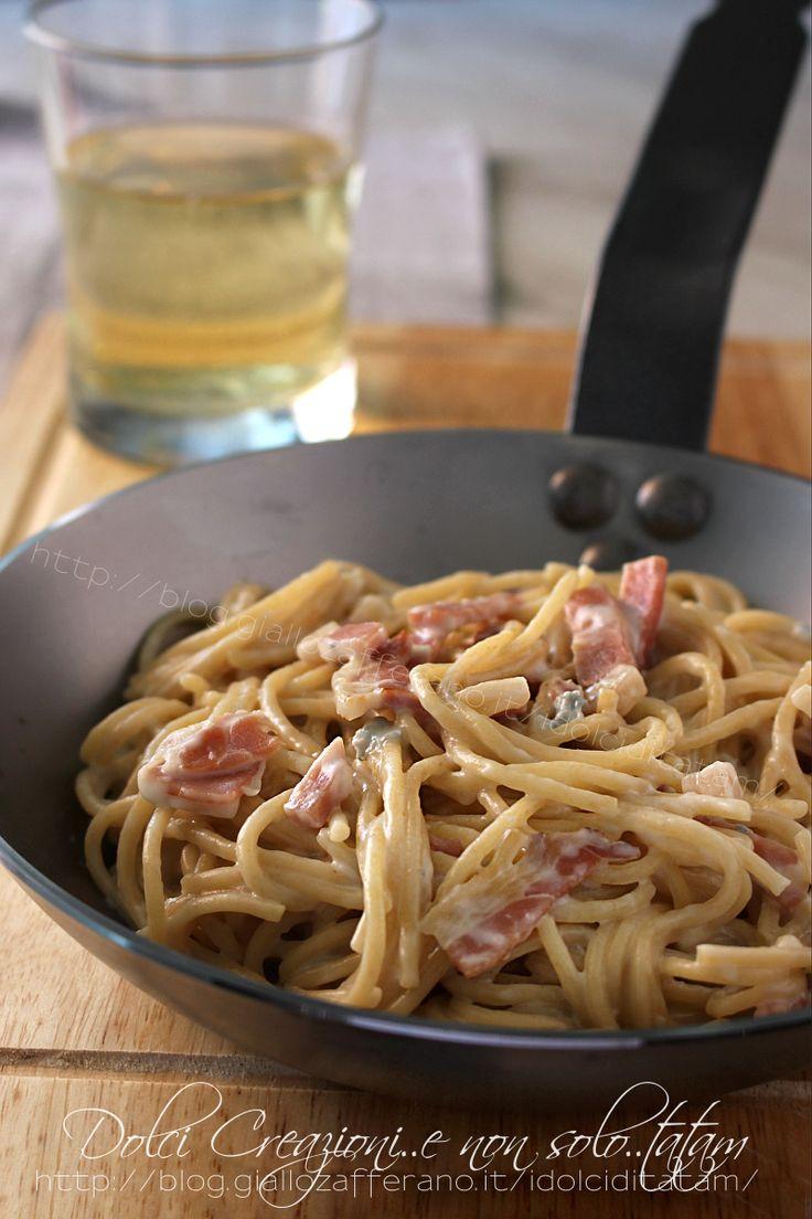 pasta con gorgonzola e speck
