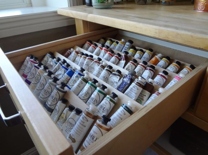 12 Ways Artists Can Reduce Frustration While Painting Outdoorpainter Art Studio Room Art Studio Storage Art Studio At Home