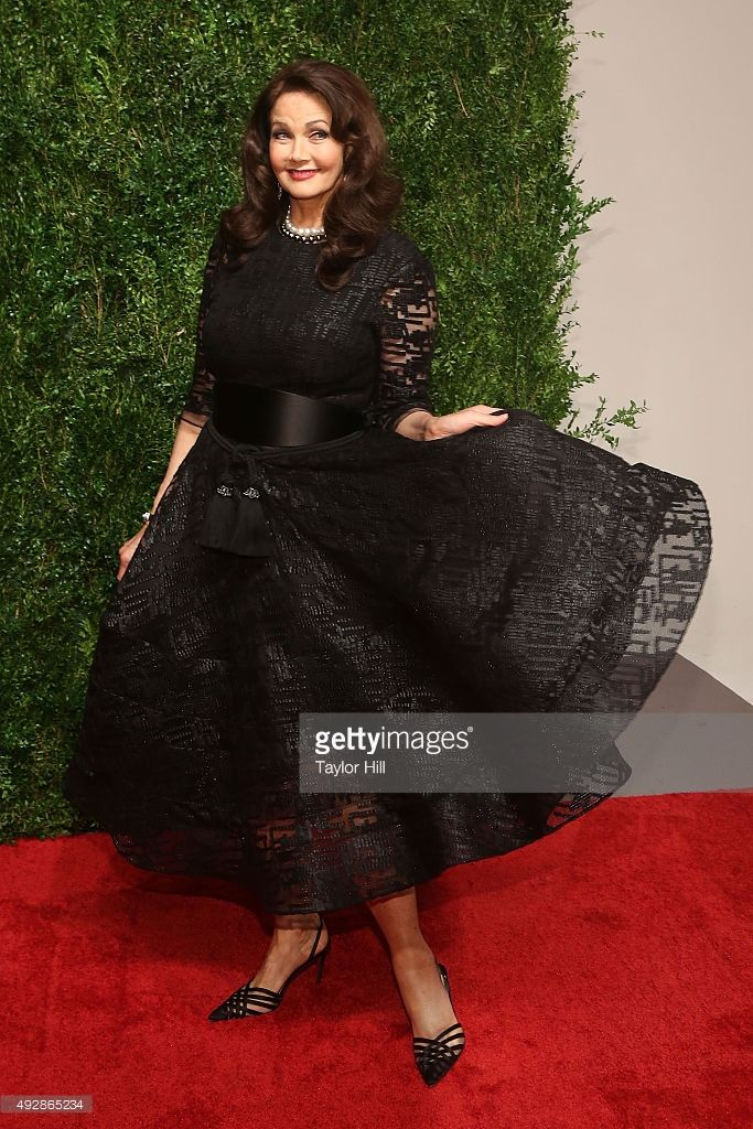 Lynda Carter attends the 2015 God's Love WE Deliver Golden Heart Awards at Spring Studios on October 15, 2015 in New York City.