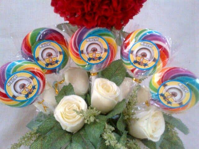 Minion Lollipop