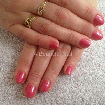 Gellak behandeling Gekleurd en Blank Versteviging van de natuurlijke nagels. #Gellak #verstevigingnatuurlijkenagels #gekleurd #Blank