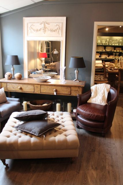 Mirrors, Antiques and Ottomans