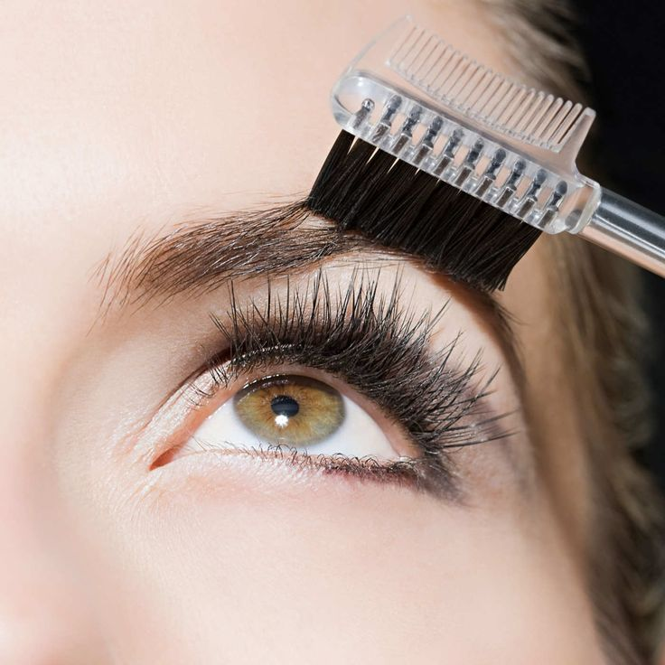 How to Strategically Grow Out Your Eyebrows | Growing out ...