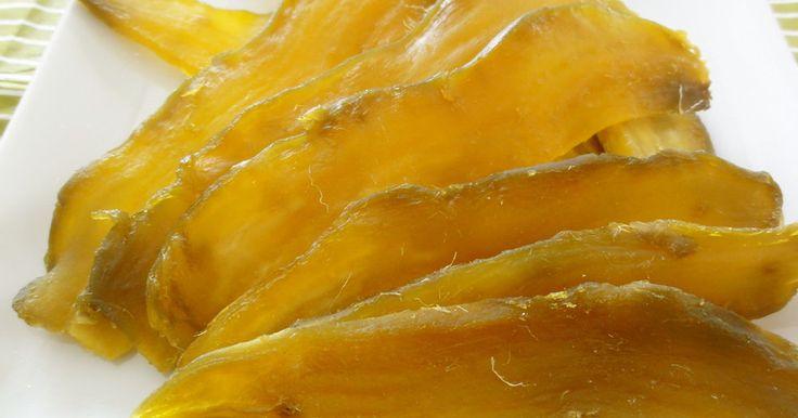おじいちゃんが作る干し芋は、ねっとりしていて黄金色で、とにかく美味☆ その技法を応用して私流の干し芋、極めました☆