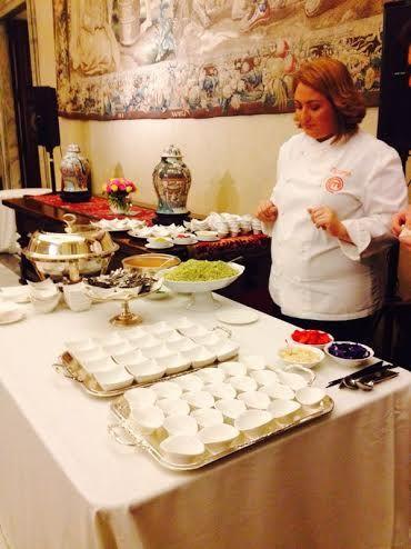Tiziana Stefanelli vincitrice Masterchef Italia 2013 ha preparato la cena per i 120 invitati a Women in Diblomacy Board meeting. Presenta i suoi piatti davanti alle telecamere di #RaiExpo #expomilano2015 #womeninexpo #rai
