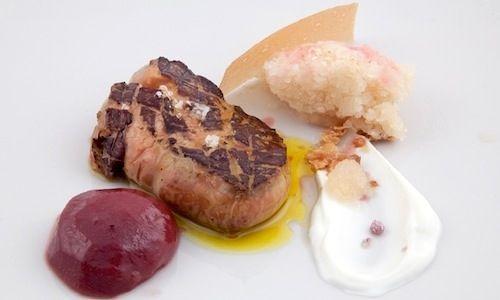 Fegato grasso, pesca, granita alla Birra Moretti Grand Crula ricetta salata che ha aperto il mini-menu di Francesco Di Lorenzo, sous chef d...