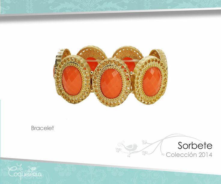 Gemas con marcos dorados se unen para formar el brazalete sorbet. Disponible en blanco y naranja. www.lacoqueteria.co #bracelet #brazalete #accesories #beautiful #lacoqueteria #fashion  #shoppingonline #tiendaenlinea #mexico #accesorios #moda #monterrey #merida #vestidos #joyeria #bisuteria #boda #tendencias