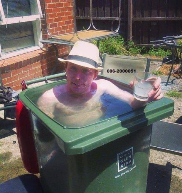 Bilderesultat for funny pools
