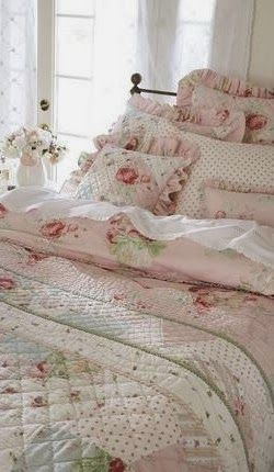 15 Shabby Chic Bedroom Decor Ideas - The Lab on the Roof