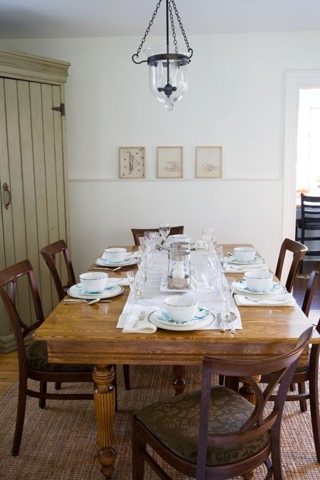 6 Secrets To Mastering French Country Style Dining RoomsRustic