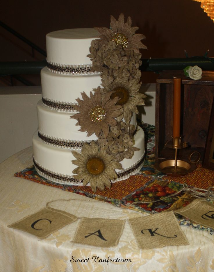 rustic lace wedding cake 14 best rustic country burlap weddings images on 19507