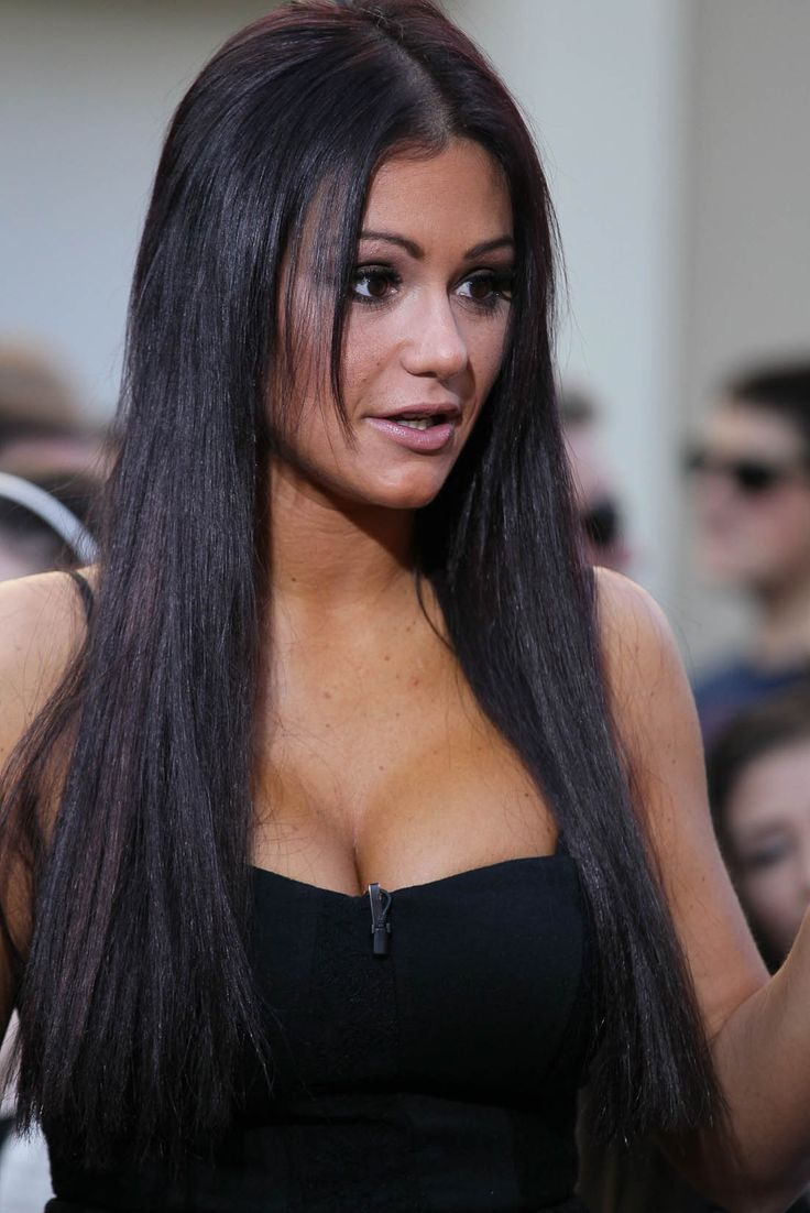 Seriously camt stand jersey shore but i love love looove JWoWW