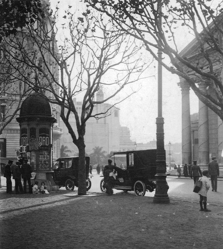 Plaza de Mayo y Diagonal Norte, Buenos Aires 1916. Inventario 227353 AGN