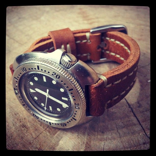 A fully modded Seiko 6105 on a vintage WW1 satchel starp. #edc #everydaycarry #31trum #leather #handmade #seiko #handsewn