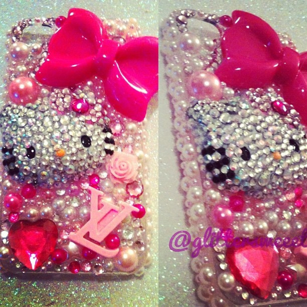 THIS ONE IS ON SALE ON ETSY.COM/SHOP/GLITTERSWEEET  pretty pink HELLO KITTY iphone 4/4s case